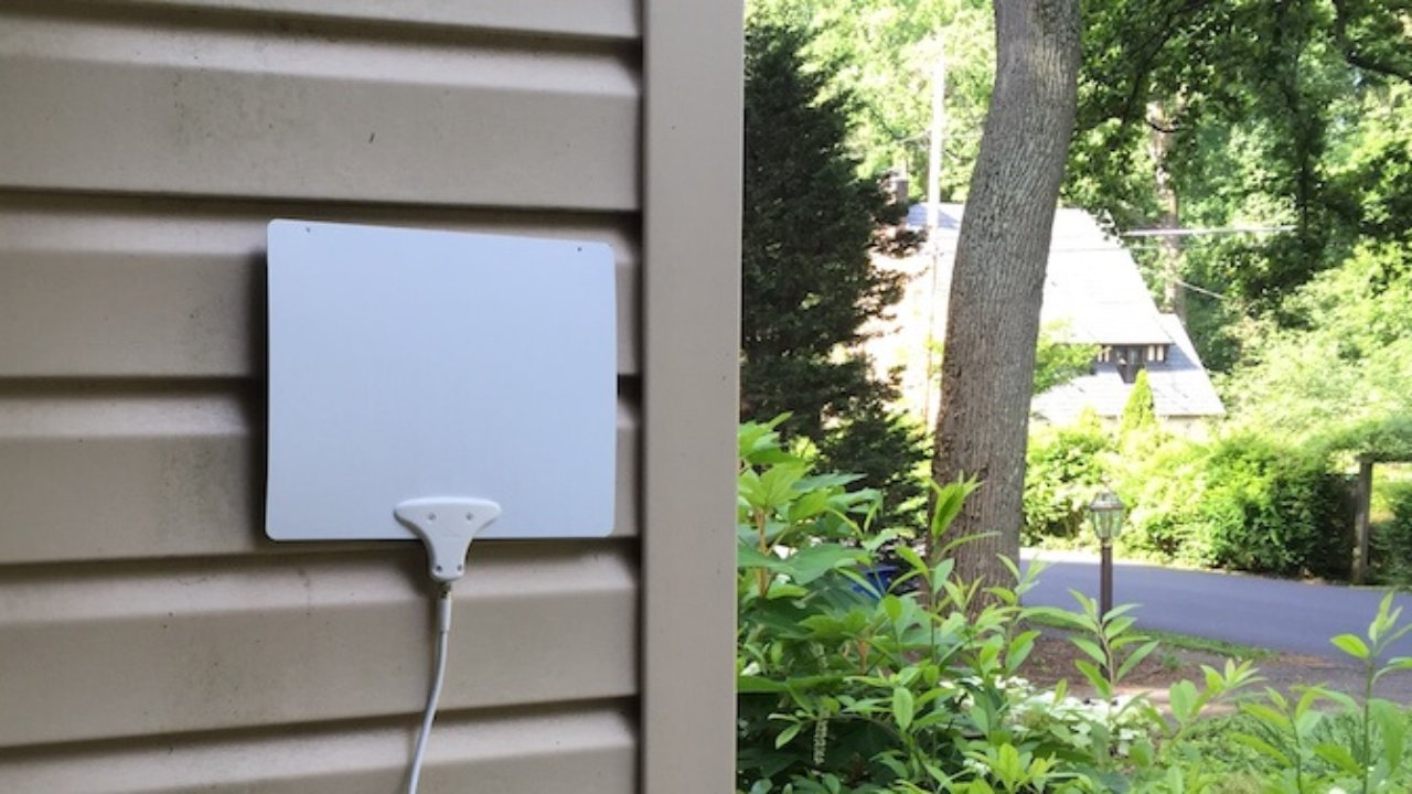 Mohu Leaf (50 And 30) Indoor HDTV Antenna Review | Grounded Reason