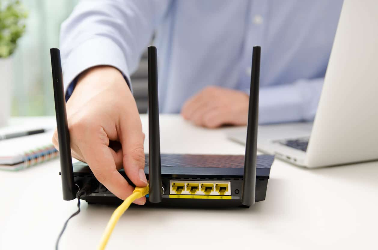How to Use Your Own Router with Your ISP   Grounded Reason