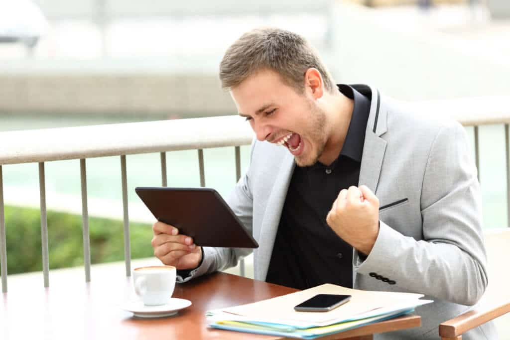 guy excited about no data caps